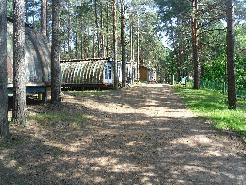 Где находится лагерь совенок